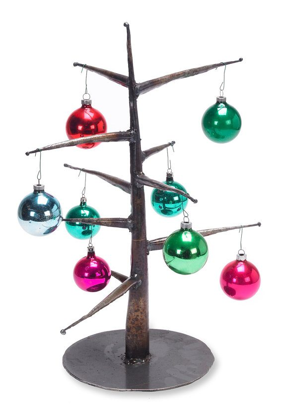 Ornament-Tree-with-Ornaments1