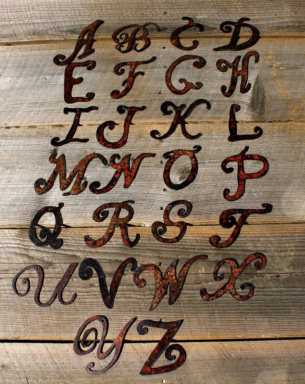 Monogram letter ornament gatski metal